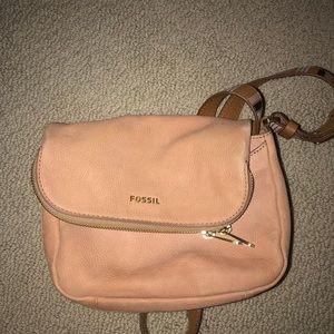 light pink fossil purse